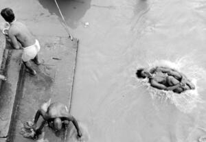 Life-of-Banaras-by-Manish-Khattry-03
