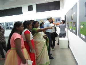 Perumal's Family enjoying the pictures