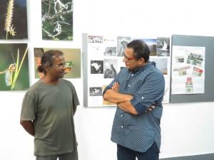 Nataraj Perumal having conversation with Diinesh Kumble