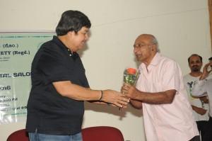 Srinath honouring Nagaraj