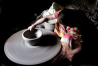 lady-in-pottery-making